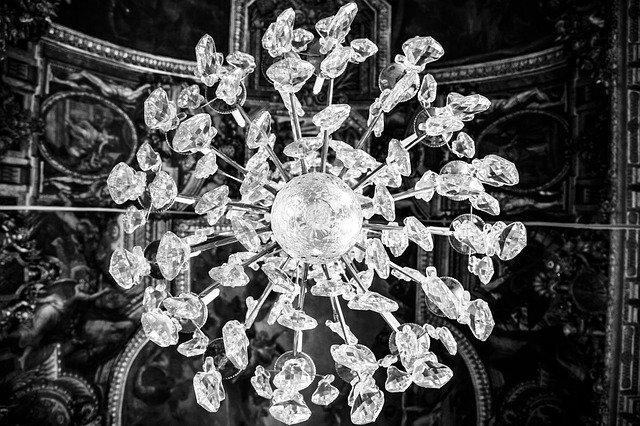 křišťálový lustr.jpg