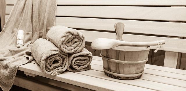 vědro a ručníky